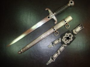 Another fantasy 'SS Honor Dagger with a hanger based on the original one for the Army honor dagger.